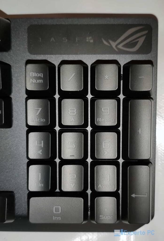 Asus Rog Strix Scope RX teclado2 30