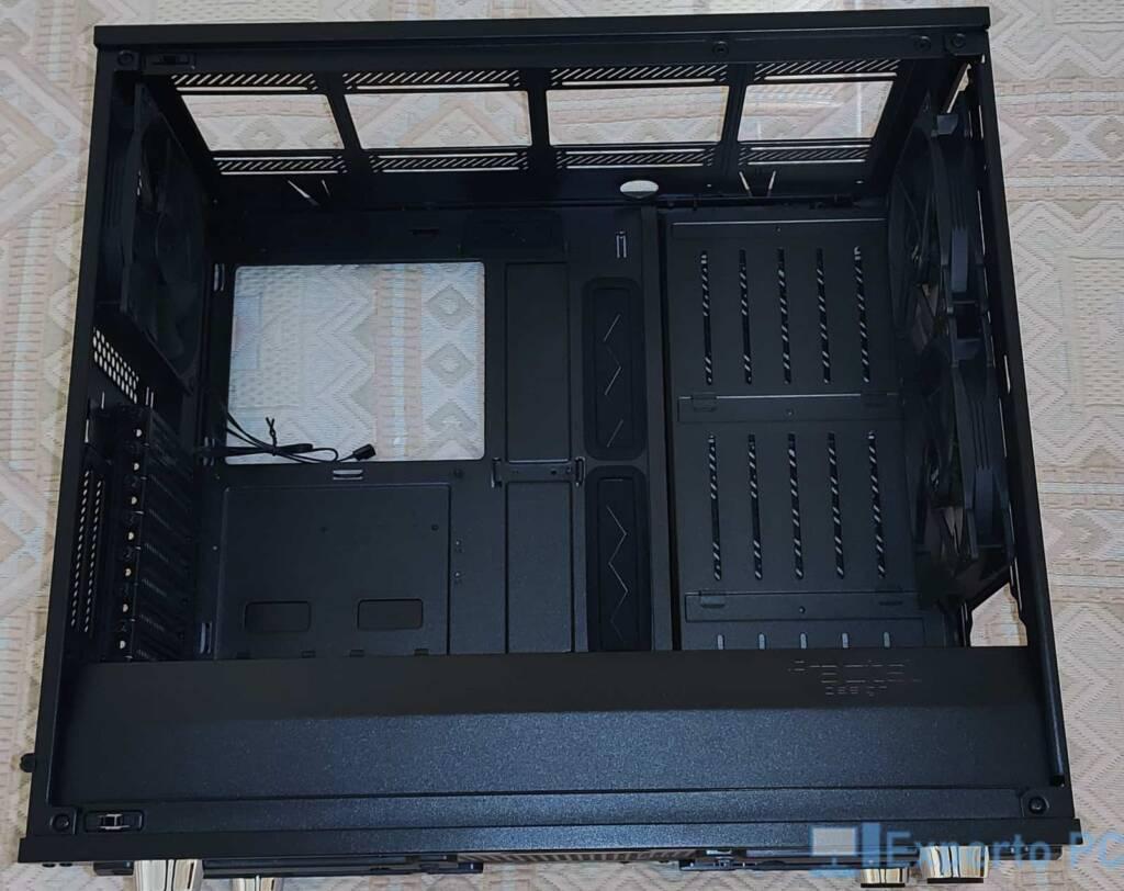 Fractal Design Meshify S2 destripada interior