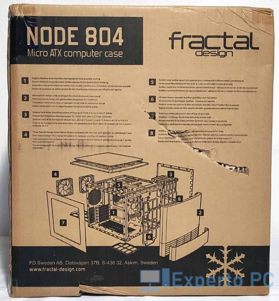 Fractal Design Node 804 trasera