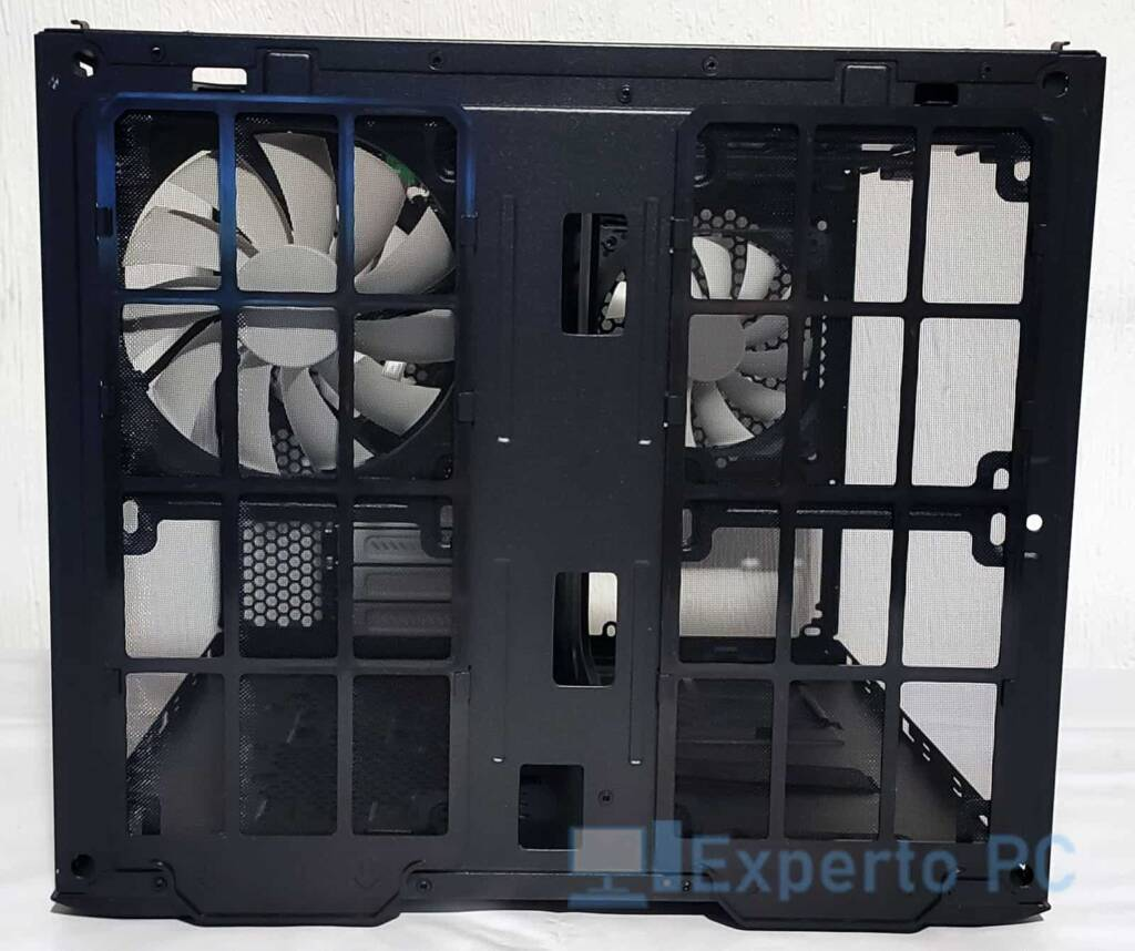 Fractal Design Node 804 frontal 3